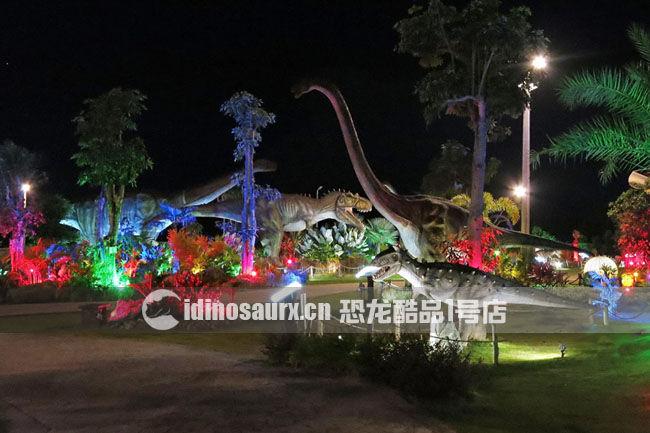 大型仿真电动恐龙在丹诺恐龙公园