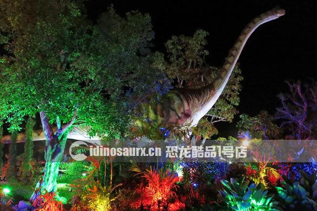 大型仿真电动腕龙在丹诺恐龙公园