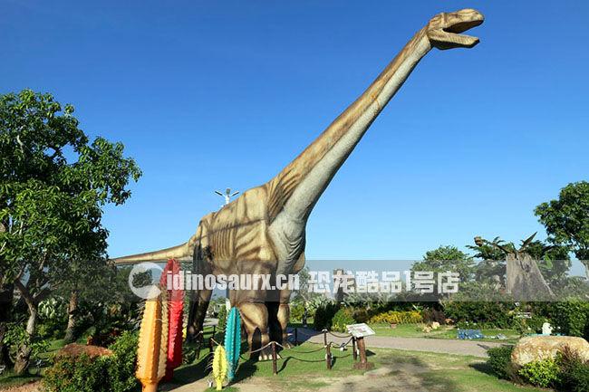 大型仿真电动阿根廷龙在丹诺恐龙公园