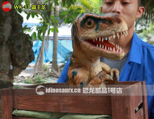 木箱霸王龙玩偶
