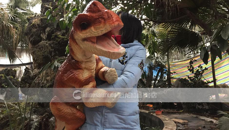 幼年恐龙玩偶产品