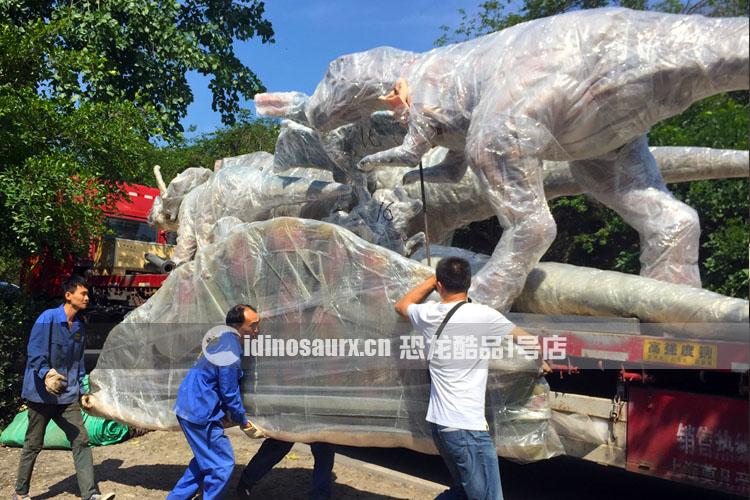 运输大型仿真恐龙模型
