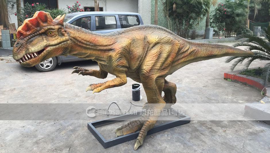 假恐龙模型