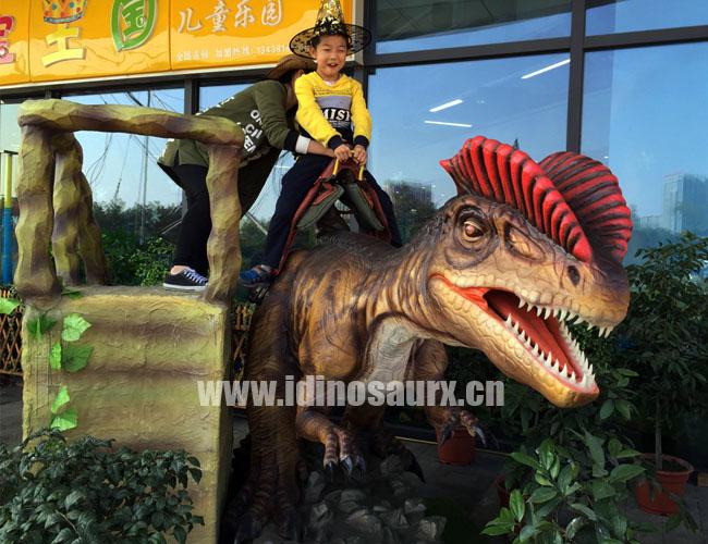 双足仿真恐龙骑乘
