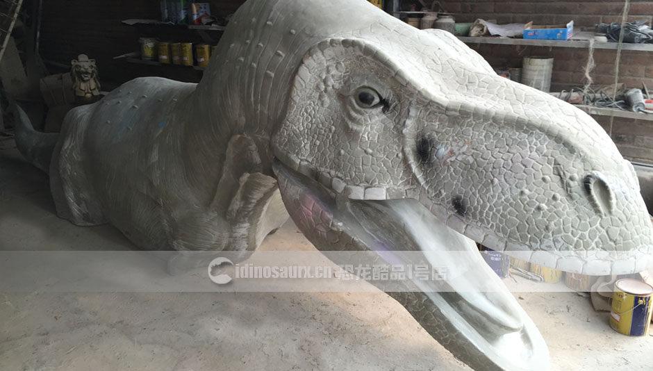 恐龙雕塑制作
