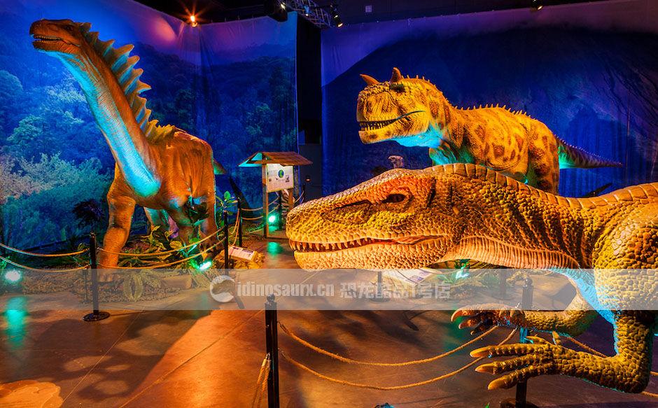 恐龙复原模型