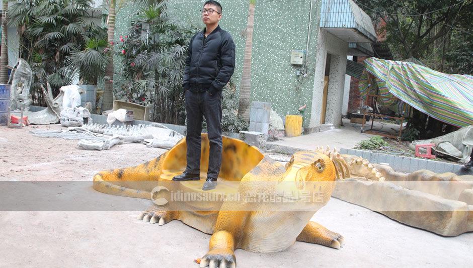 高抗破坏性的玻璃钢恐龙产品