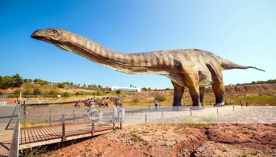 大型恐龙雕塑