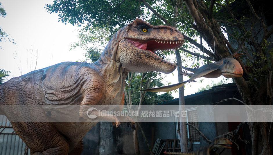 真人穿恐龙服