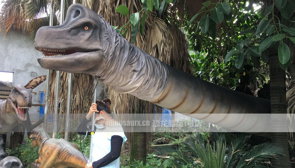 手控长颈恐龙演艺道具作用