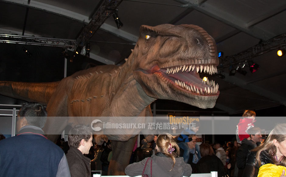 博物馆恐龙模型