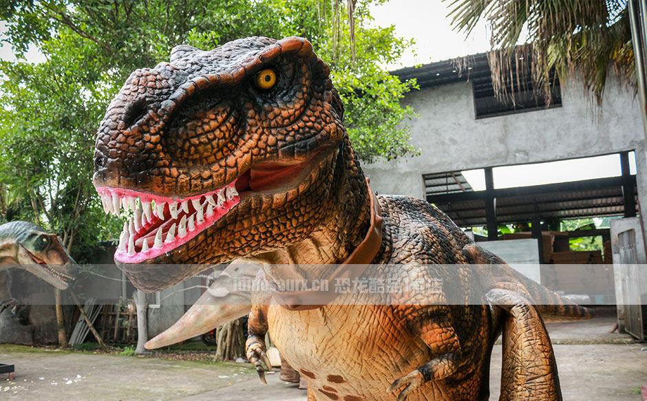 仿真恐龙服成品