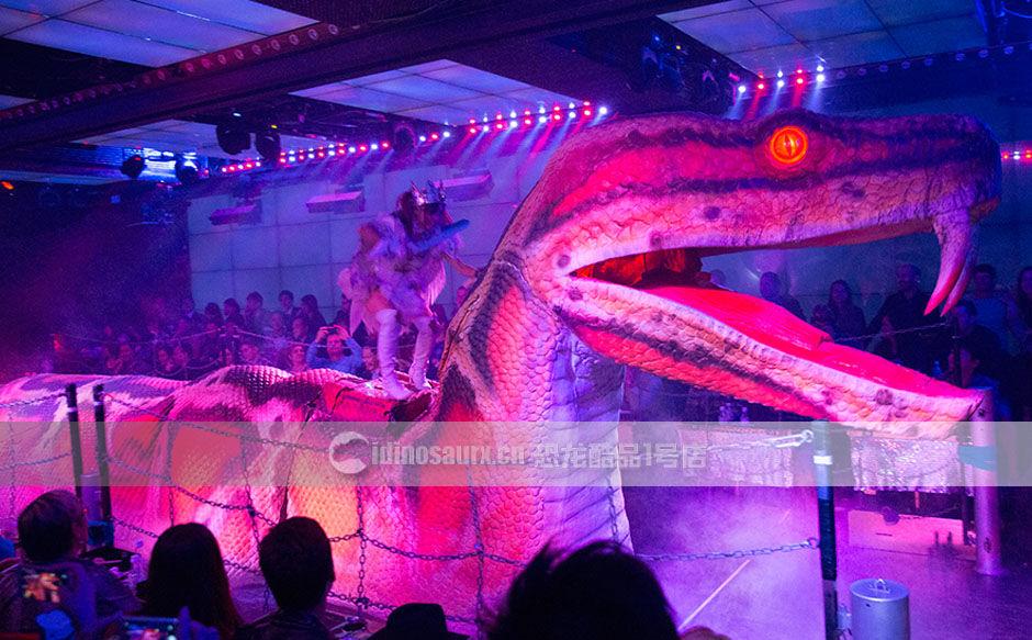 大蛇怪兽模型