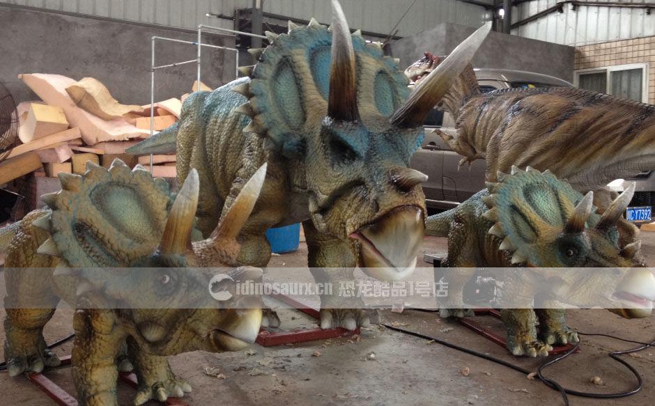 逼真的恐龙景观